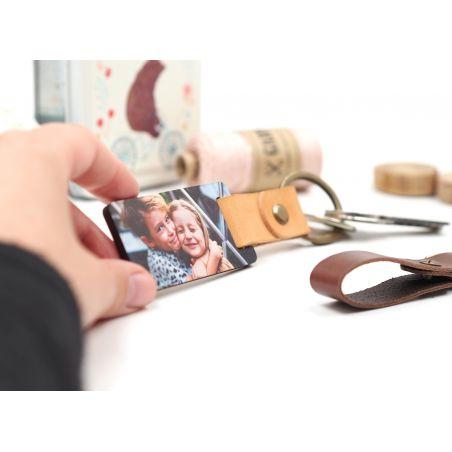 Llavero de cuero y madera con foto